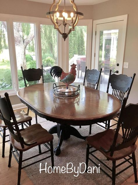 Farmhouse Dining Set, Oak Dining Sets, Farmhouse Chairs, Rustic Dining Set, Dinning Set, Modern Farmhouse, Oak Table And Chairs, Dinning Room Tables, Painted Kitchen Tables