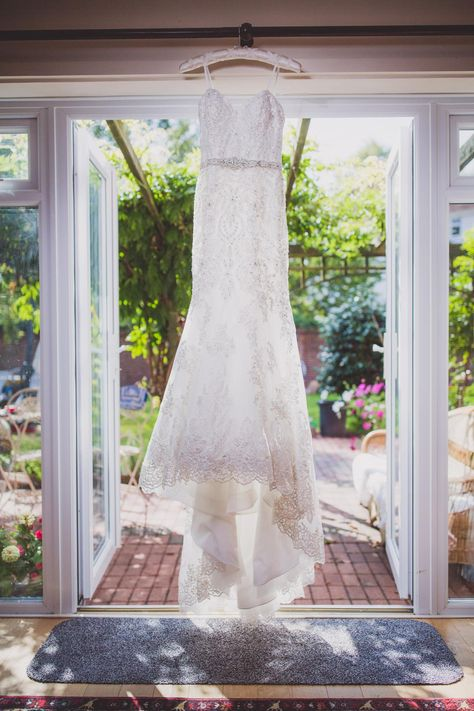 F+ T Wedding | Tenterden St. Mildreds Church wedding Photography | Inspirational House Wedding Photography | Bridal morning | London wedding photographer