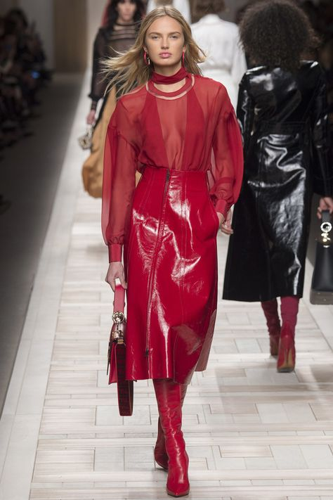 25 Red Looks From Fall '17 for Equal Pay Day to Close the Women's Wage Gap - Vogue