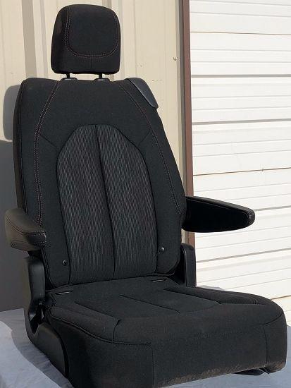 Zor Pacifica Samurai Seat Swap Mini Van Samurai Chrysler Pacifica