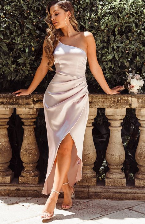 Blush Pink Modest Prom Dress With Split – classygown Champagne Bridesmaid Dresses, Wedding Bridesmaids, Wrap Bridesmaid Dresses, Champagne Wedding Colors, Different Bridesmaid Dresses, Bridesmade Dresses, Burgundy Bridesmaid, Champagne Dress, Blue Bridesmaids