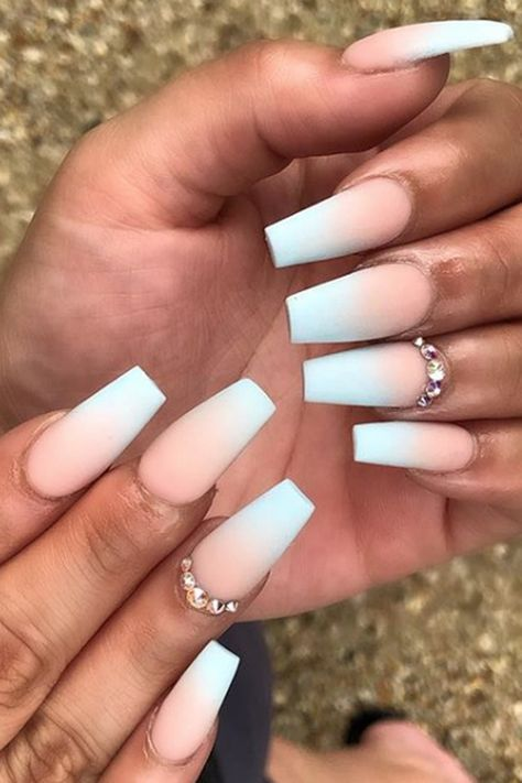 12 Ways to Wear Coffin Shaped Nails — Design Ideas for
