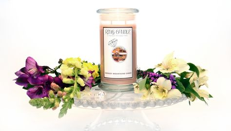 Smokey Mountains Cabin Ring Candle   With our new Ring Candles you can now pick your own ring size =) A Perfect Fit Every Time!  This is the scents of Winter Air, Sweet Amber, Mandarin Leaf, White Cedar, Raw Cinnamon, Rich Cardamom, Nutmeg Shavings, Sandalwood, Cashmere Vanilla. It is sure to make your home smell totally awesome =)