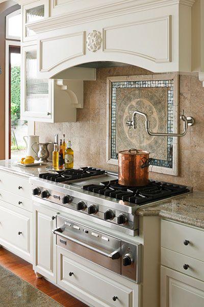 Kitchen of Monica Hart : La Famiglia blog,  Photo by John Granen : Rangetop and backsplash