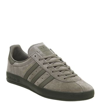new style 26368 ba018 Adidas, Broomfield Trainers, Trace Cargo Raw Khaki Night ...