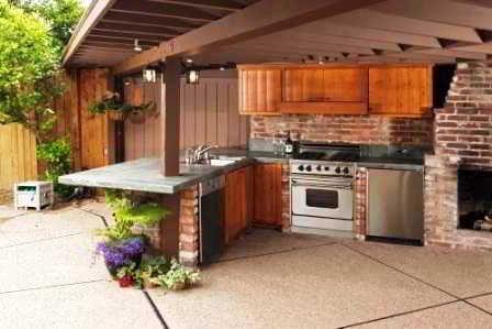 24 Desain Dapur Terbuka Semi Outdoor Menghadap Taman Dapur