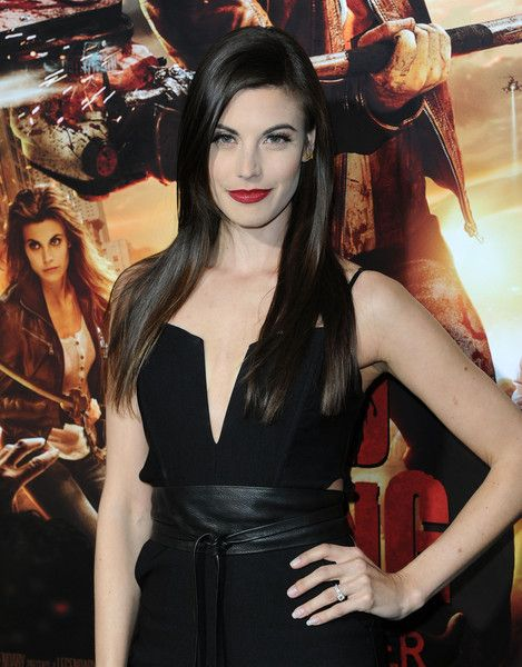 Meghan Ory Photos Actress Meghan Ory Arrives At The Premiere Of Crackle S Dead Rising Watchtower At Sony