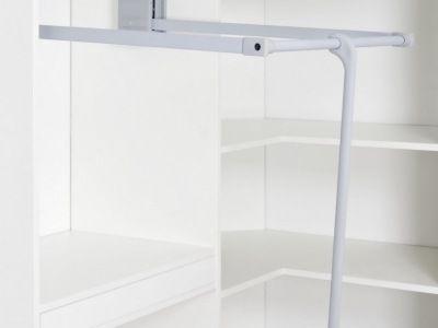 Raumplus Schranksysteme Kleiderlift In 2020 Schranksystem Schrank Im Dachgeschoss Kleiderlift
