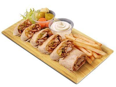 سندوتشات الشاورما بالخبز العربي خطوة بخطوة ترغبين في عمل سندوتشات الشاورما بالمنزل لأطفالك تابعي على 8220 طبخ صح 8221 طريقة ع Cooking Recipes Food Cooking