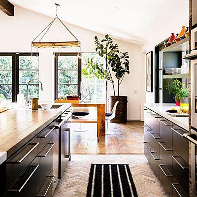 Herringbone floor in the kitchen
