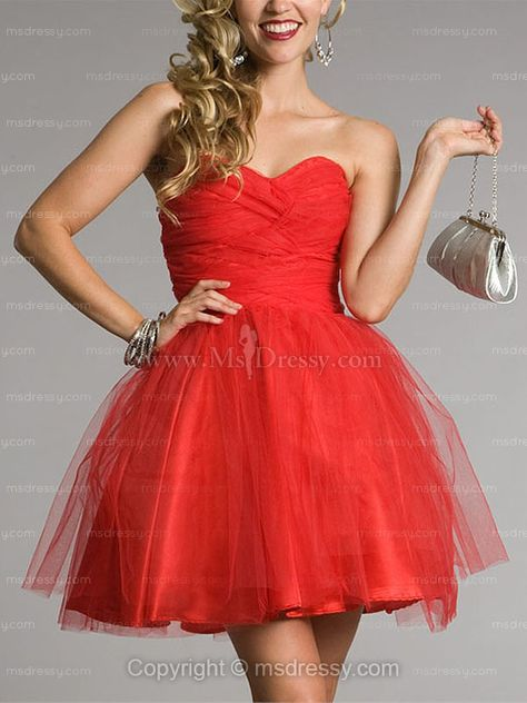 I love this dress.! Hollywood theme dama