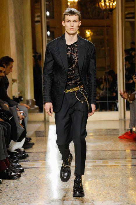 vestito elegante versace uomo