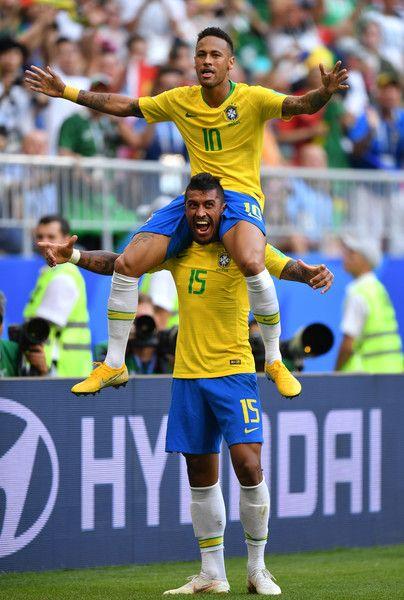 Neymar Jr Photos Photos Brazil Vs Mexico Round Of 16 2018 Fifa World Cup Russia In 2020 Neymar Neymar Jr Brazil Football Team
