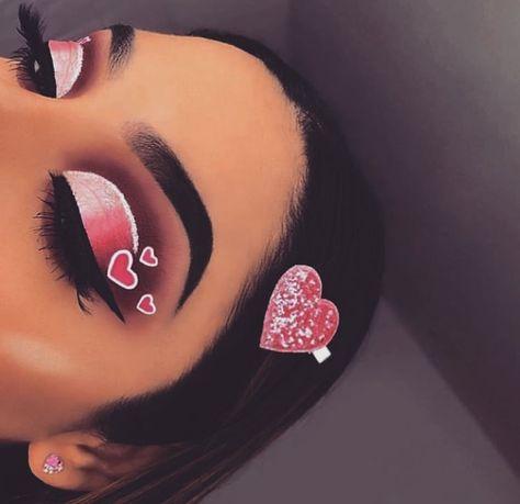Cute Eyeshadow Makeup these Makeup Looks Summer, Makeup Geek Rockstar concerning Makeup Revolution Primer. Makeup Organizer For Vanity Pin Up Makeup, Cute Makeup, Makeup Geek, Eyeshadow Makeup, Makeup Cosmetics, Eyeshadow Tips, Bold Makeup Looks, Colorful Eye Makeup, Dramatic Makeup