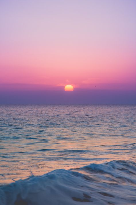 - Ocean sunsets - by Pedro Gabriel Pretty Sky, Beautiful Sunset, Beautiful Nature Wallpaper, Beautiful Landscapes, Aesthetic Backgrounds, Aesthetic Wallpapers, Landscape Photography, Nature Photography, Photography Tips