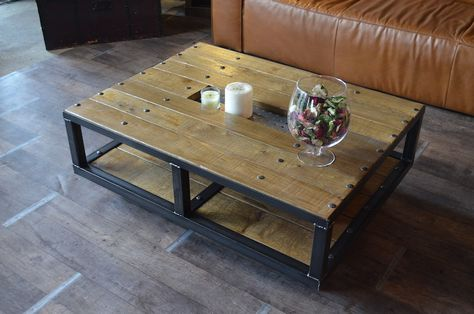 Table Basse Style Industriel A Roulettes Fabrication Artisanale