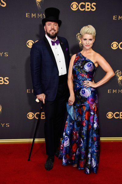 Chris Sullivan and Rachel Reichard - The Cutest Couples at the 2017 Emmy Awards - Photos