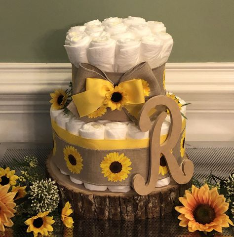 Boat Diaper Cake, Diaper Bassinet, Girl Diaper Cakes, Boat Cake, Elephant Diaper Cakes, Baby Shower Cakes, Baby Shower Themes, Baby Shower Gifts, Baby Gifts