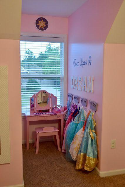 52 New Ideas For Room Decor Diy Disney Princess Bedrooms In 2020 Girls Princess Room Princess Room Decor Princess Room