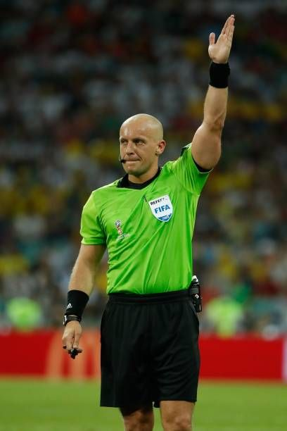 Polish Referee Szymon Marciniak Gestures During The Russia 2018 World Soccer Referee Referee Football
