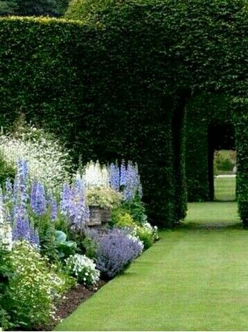 Beautiful Purple Formal Garden Design With Hedge Doorways How Awe