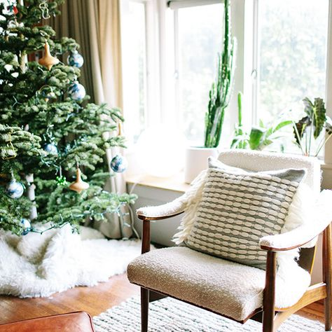 How Lonny Editors Decorate Their Homes For The Holidays - How Lonny Editors Decorate Their Homes For The Holidays - Photos