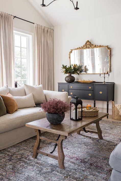 Home Living Room, Living Room Designs, Mauve Living Room, Cottage Style Living Room, London Living Room, Formal Living Rooms, Interior Design Living Room, Diy Furniture Couch, Home Decoracion
