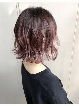 グラデーションピンクアッシュ オンブレヘア 髪色 ハイライト 髪 色