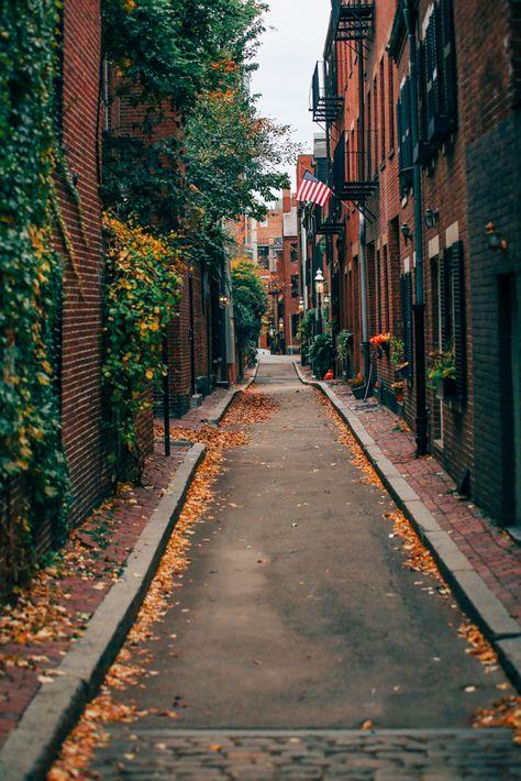 Acorn STreet in Boston in the fall