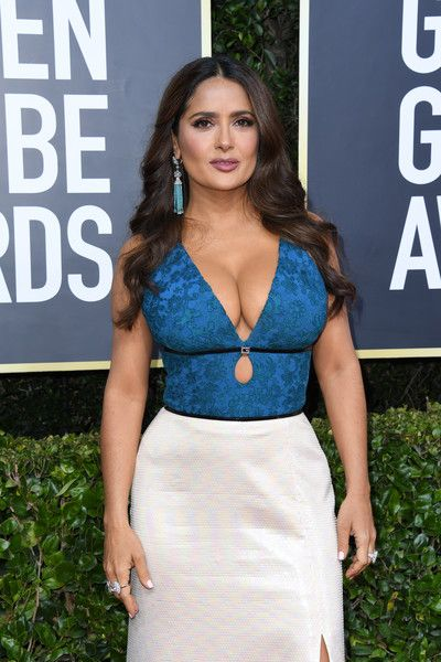 Full Sized Photo of salma hayek wows on the red carpet golden globes 07