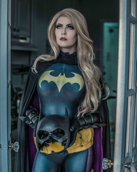 Stephanie Brown/Batgirl from DC Comics | Alienware Arena