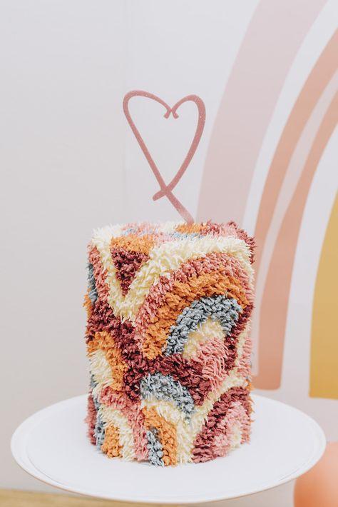 Pretty Birthday Cakes, Rainbow Birthday Party, Pretty Cakes, Cute Cakes, First Birthday Parties, Birthday Party Themes, 2nd Birthday, First Birthdays, Birthday Cakes For Girls