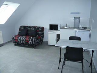 Epingle Par Kaki De Bretonnie Sur Laval Studio Location Meublee A Louer Location