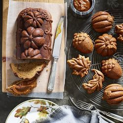 I woke up this morning craving pumpkin bread, even though the temperatures haven't dipped below in over a week. It's just that time of year, I guess, which means that it's also time for pretty baking pans for that practically necessary pumpkin bread. Winter Cakes, Fall Cakes, Pumpkin Loaf, Pumpkin Spice, Thanksgiving Recipes, Fall Recipes, Fall Desserts, Dessert Recipes, Cupcakes