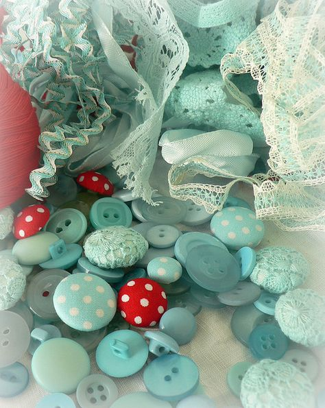 Vintage Sewing Notions ~ Aqua and Red