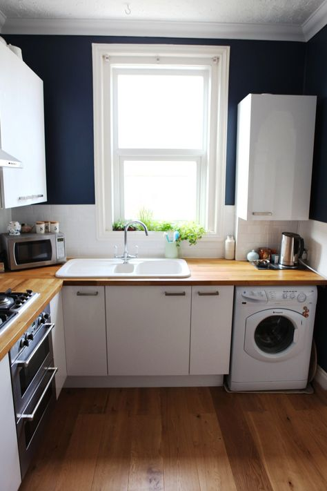 20 Paint Colors We Love in the Kitchen - Stiffkey Blue by Farrow & Ball