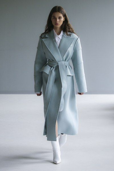 Pale blue sky coat - Materiel Tbilisi Fall 2018 Fashion Show Collection: See the complete Materiel Tbilisi Fall 2018 collection. Look 21