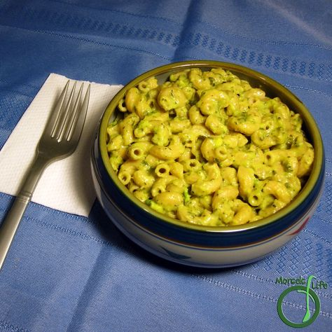 What's your favorite cheese to use in mac & cheese? #morselsoflife #ontheblog #avocado #macandcheese #cilantro #avocadomac #cheese #cheesy #quickandeasymeals #cheddar #avocadolove #lime #guacamole #garlic #vegetarian
