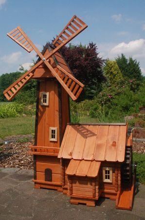 Windmuhle Mit Integrierter Wassermuhle Wassermuhlen Windmill Plan Windmill Lighthouse Woodworking Plans