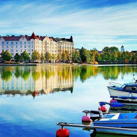 I  my city. #autumncolours #Helsinki Read more on the blog! ➡tickettoadventures.wordpress.com. Link in bio. #VisitHelsinki #detailsofhelsinki #autumn #ruska #syksy #thisishelsinki #feelhelsinki #cityscape #Finland #visitfinland #thisisfinland #discoverfinland #ourfinland #travelblog #travelblogger #traveltips #travelling #wanderlust #neverstopexploring #keepexploring #matkablogi #suomiretki #citylife #weareinfinland #travelphotography #reflection #landscape #seascape