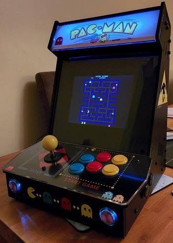 ボード home arcade game のピン