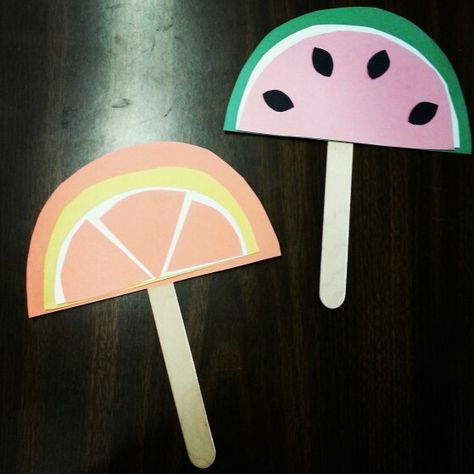 We're in the swing of things in this hott summer! So @ Alamito's storytime, we're making sliced fruit fans to help cool down!