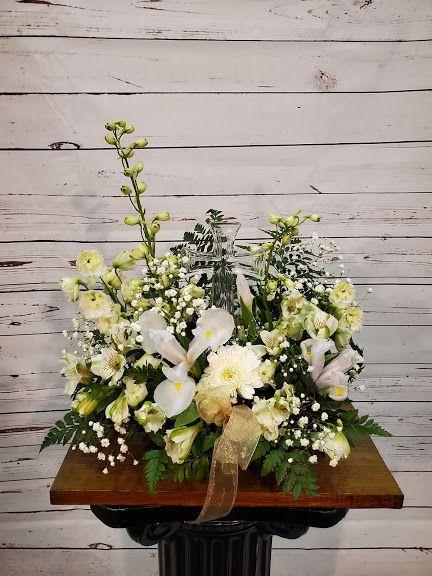 Divine Peace Bouquet In 2020 Flower Delivery Flower Arrangements Alstroemeria