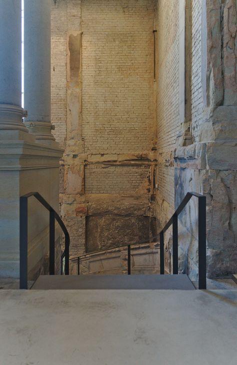 Treppe In Das Untergeschoss Ausstellungsgebaude Lipsiusbau
