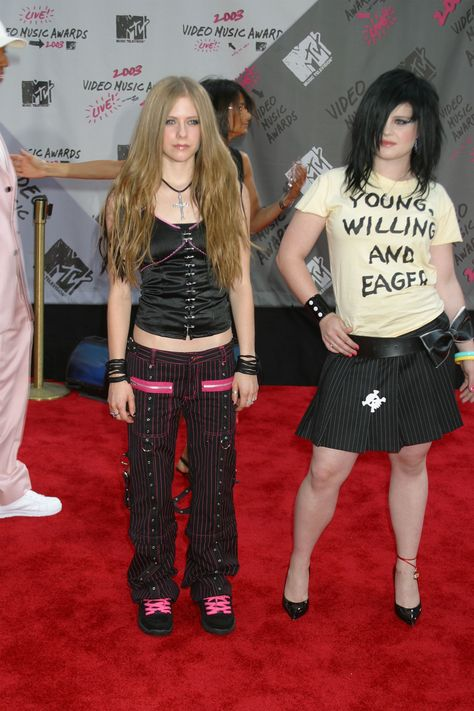 A look back at the fashion trends and celebrity outfits that ruled the early