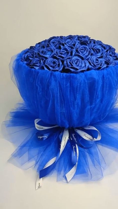 Silk made blue rose bouquet video tutorial #modelagem, #MODA #patrones, #costura, #moldesprontos, #fashions