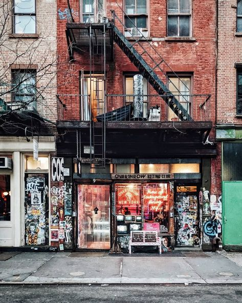 Guide To / New York City — ENLIVEN - Completely new You are able to Resorts along with Costly: Manhattan Skyline, Lower Manhattan, Empire State Building, Empire State Of Mind, New York Winter, New York Sights, New York Guide, Visit New York, Shopping In New York
