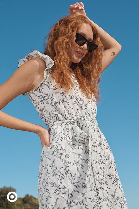 Floaty vibes are must for summer dresses, like this print dress with stylish ruffle details. So perfect for graduation parties, picnics and more.