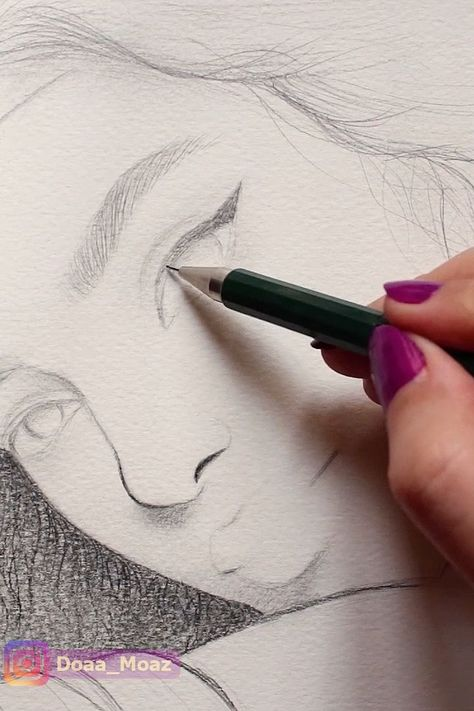 drawing a girl portrait with graphite pencils  #drawings #art