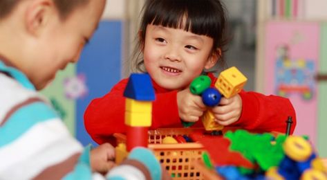 8 Tips for Special Needs Holiday Toy Shopping